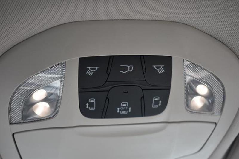2017 Chrysler Pacifica 28