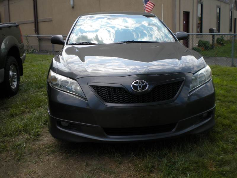 2007 Toyota Camry for sale at Lee Motor Sales Inc. in Hartford CT