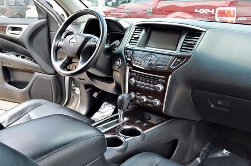 2014 Nissan Pathfinder for sale at LAKESIDE MOTORS, INC. in Sachse TX