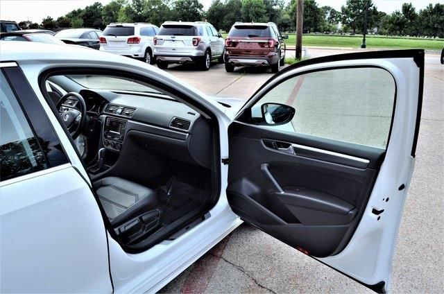 2016 Volkswagen Passat for sale at LAKESIDE MOTORS, INC. in Sachse TX