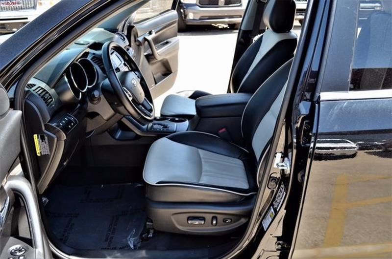 2013 Kia Sorento for sale at LAKESIDE MOTORS, INC. in Sachse TX