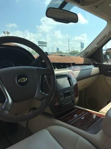 2011 Chevrolet Avalanche for sale at AutoMax of Memphis - David Harper in Memphis TN