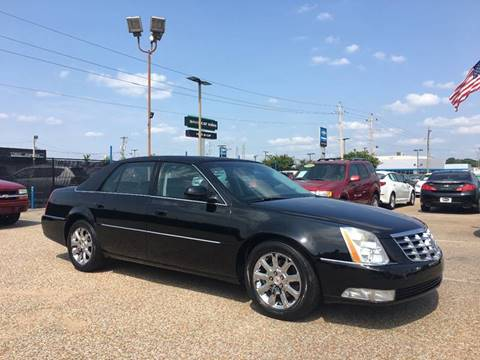 2009 Cadillac DTS for sale at AutoMax of Memphis - David Harper in Memphis TN