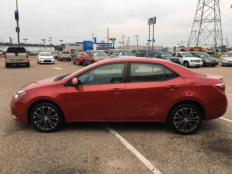 2014 Toyota Corolla for sale at AutoMax of Memphis - V Brothers in Memphis TN