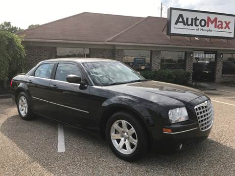 2006 Chrysler 300 for sale at AutoMax of Memphis - Darrell James in Memphis TN