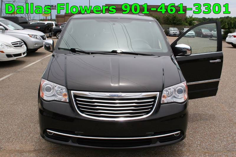 2014 Chrysler Town and Country for sale at AutoMax of Memphis - Dallas Flowers in Memphis TN