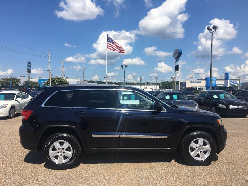 2011 Jeep Grand Cherokee for sale at AutoMax of Memphis - Dallas Flowers in Memphis TN