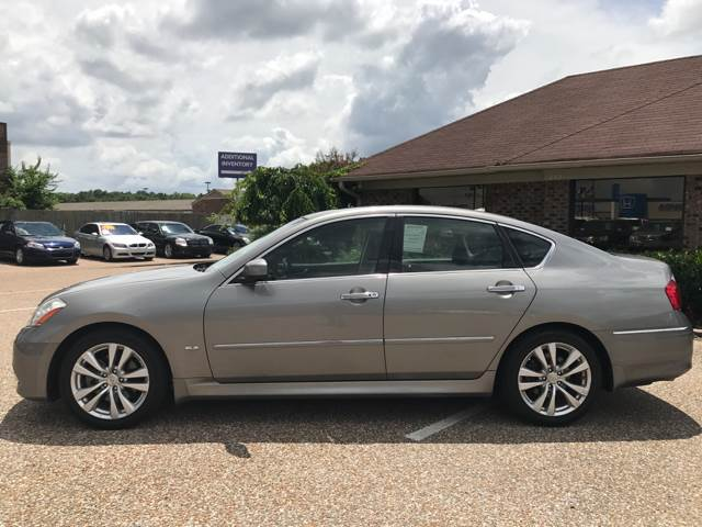 2010 Infiniti M35 for sale at AutoMax of Memphis - Dallas Flowers - Darrell James in Memphis TN