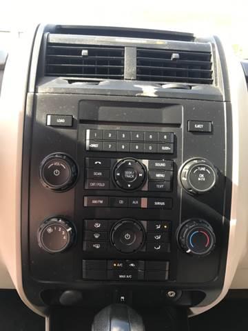 2010 Ford Escape for sale at AutoMax of Memphis - Dallas Flowers - Darrell James in Memphis TN