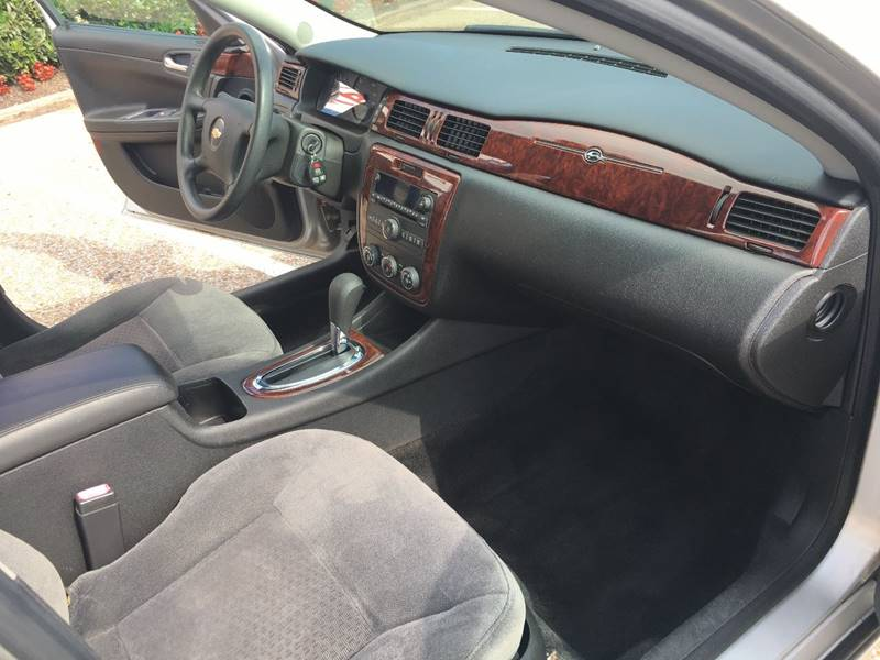 2008 Chevrolet Impala for sale at AutoMax of Memphis - V Brothers in Memphis TN
