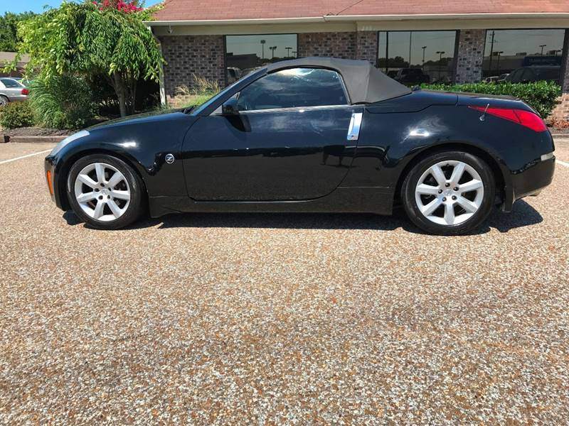 2004 Nissan 350Z for sale at AutoMax of Memphis - Jason Wulff in Memphis TN