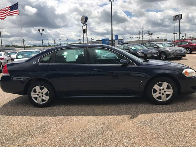 2009 Chevrolet Impala for sale at AutoMax of Memphis - Darrell James in Memphis TN
