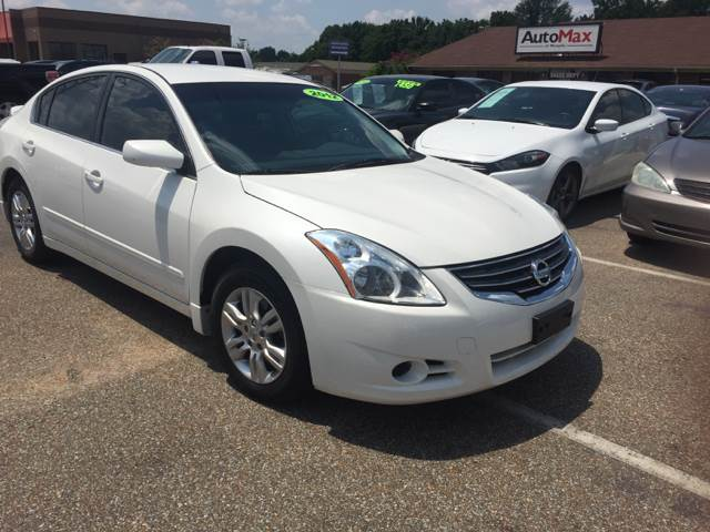 2012 Nissan Altima for sale at AutoMax of Memphis - Dallas Flowers - Darrell James in Memphis TN