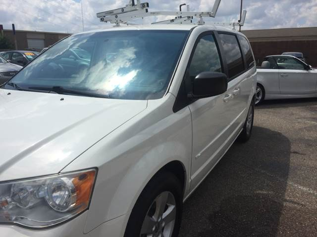 2013 Dodge Grand Caravan for sale at AutoMax of Memphis - Dallas Flowers - Darrell James in Memphis TN