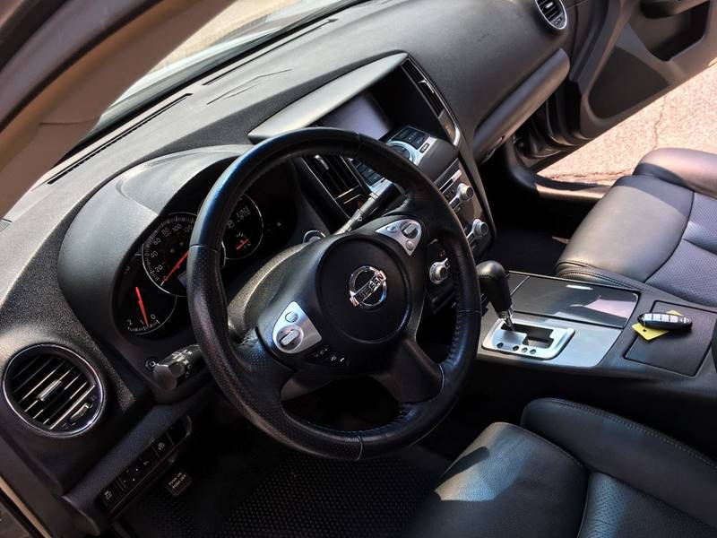 2014 Nissan Maxima for sale at AutoMax of Memphis - V Brothers in Memphis TN