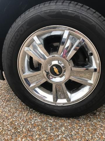 2009 Chevrolet Suburban for sale at AutoMax of Memphis - David Harper in Memphis TN