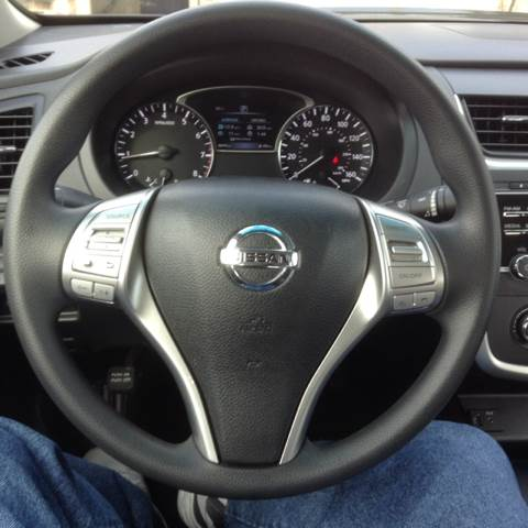2016 Nissan Altima for sale at AutoMax of Memphis in Memphis TN