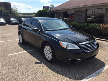 2013 Chrysler 200 for sale at AutoMax of Memphis - Dallas Flowers - Darrell James in Memphis TN