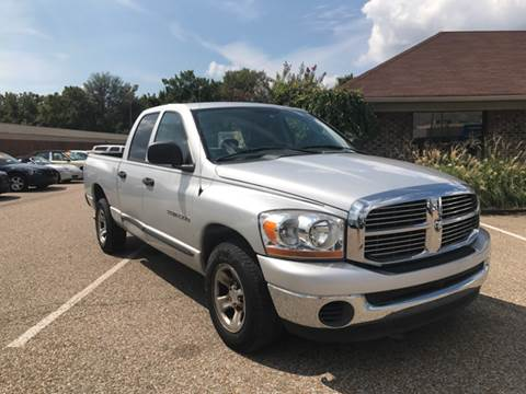 2006 Dodge Ram Pickup 1500 for sale at AutoMax of Memphis in Memphis TN