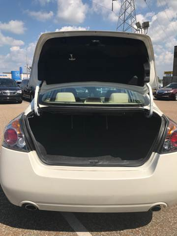 2012 Nissan Altima for sale at AutoMax of Memphis - Barry House in Memphis TN