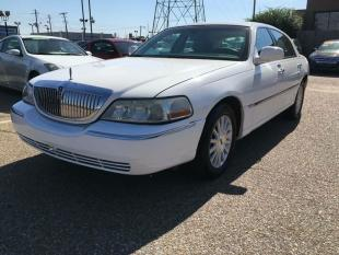 2004 Lincoln Town Car for sale at AutoMax of Memphis - Jason Wulff in Memphis TN