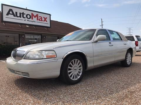 2005 Lincoln Town Car for sale at AutoMax of Memphis - Jason Wulff in Memphis TN