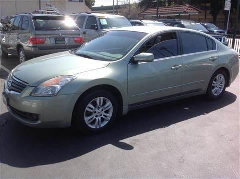 2007 Nissan Altima for sale at La Mesa Auto Sales in Huntington Park CA