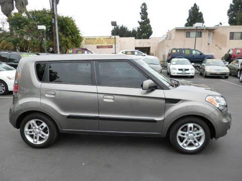 2010 Kia Soul for sale at La Mesa Auto Sales in Huntington Park CA