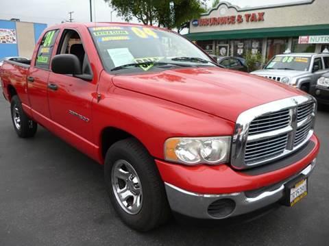2004 Dodge Ram Pickup 1500 for sale at La Mesa Auto Sales in Huntington Park CA