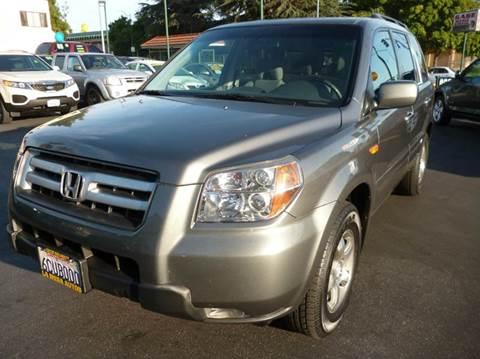 2008 Honda Pilot for sale at La Mesa Auto Sales in Huntington Park CA