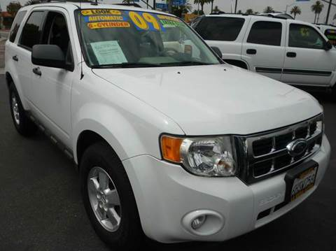 2009 Ford Escape for sale at La Mesa Auto Sales in Huntington Park CA