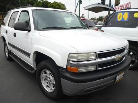 2004 Chevrolet Tahoe for sale at La Mesa Auto Sales in Huntington Park CA
