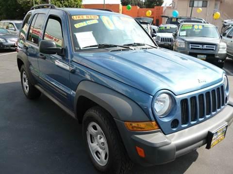 2006 Jeep Liberty for sale at La Mesa Auto Sales in Huntington Park CA