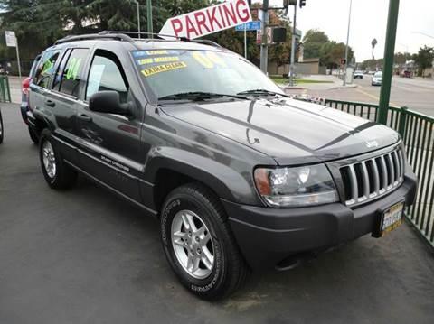 2004 Jeep Grand Cherokee for sale at La Mesa Auto Sales in Huntington Park CA
