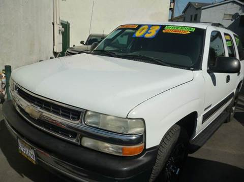 2003 Chevrolet Tahoe for sale at La Mesa Auto Sales in Huntington Park CA