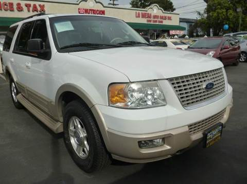 2006 Ford Expedition for sale at La Mesa Auto Sales in Huntington Park CA