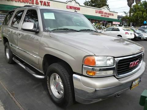 2002 GMC Yukon for sale at La Mesa Auto Sales in Huntington Park CA