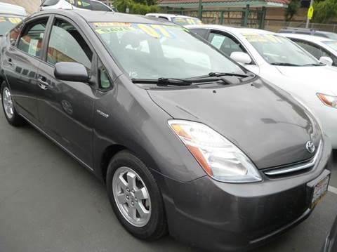 2007 Toyota Prius for sale at La Mesa Auto Sales in Huntington Park CA