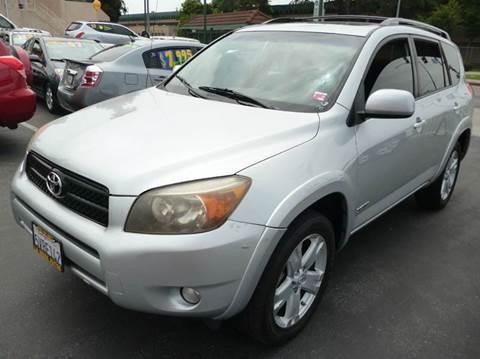2006 Toyota RAV4 for sale at La Mesa Auto Sales in Huntington Park CA