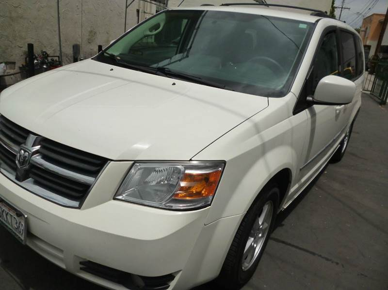 2010 Dodge Grand Caravan for sale at La Mesa Auto Sales in Huntington Park CA