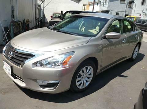 2014 Nissan Altima for sale at La Mesa Auto Sales in Huntington Park CA