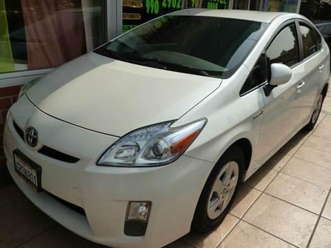2011 Toyota Prius for sale at La Mesa Auto Sales in Huntington Park CA