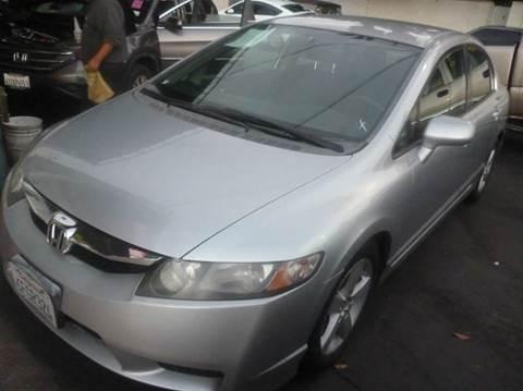 2009 Honda Civic for sale at La Mesa Auto Sales in Huntington Park CA