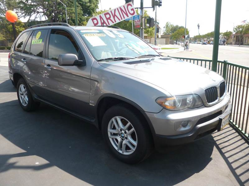2005 BMW X5 for sale at La Mesa Auto Sales in Huntington Park CA