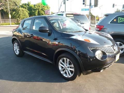 2012 Nissan JUKE for sale at La Mesa Auto Sales in Huntington Park CA