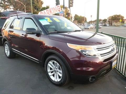 2011 Ford Explorer for sale at La Mesa Auto Sales in Huntington Park CA