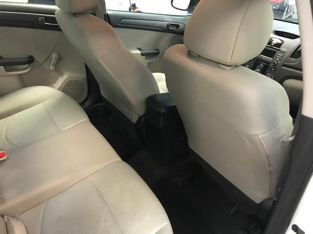 2013 Kia Forte LX 4dr Sedan 6A - Kearny NJ