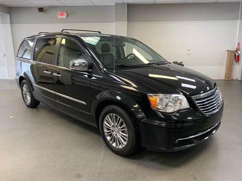 2014 Chrysler Town and Country for sale in Kearny, NJ