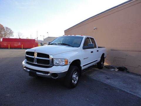 2005 Dodge Ram Pickup 2500 for sale at United Motors Group in Lawrence MA