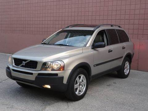 2004 Volvo XC90 for sale at United Motors Group in Lawrence MA